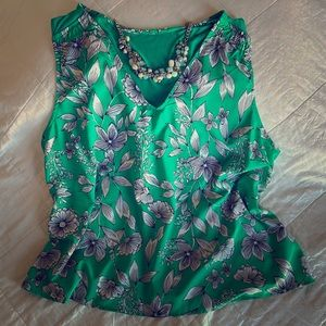 A NEW DAY green floral sleeveless blouse